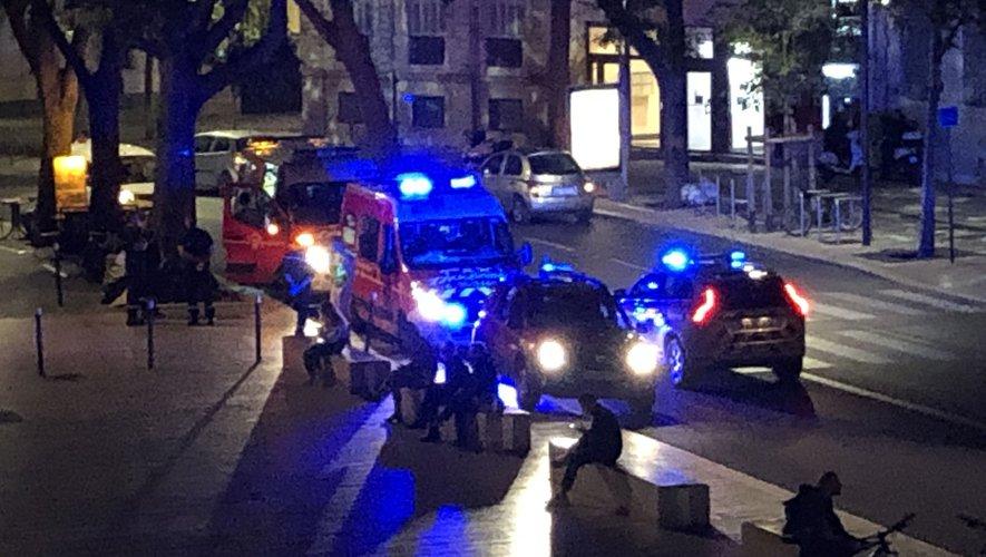 Agression raciste à Nîmes (30): plusieurs personnes blessées à coups de couteau aux cris de «sales blancs… sales Français» (MàJ)