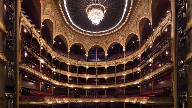 La structure du Théâtre du Châtelet fortement détériorée après une soirée hip-hop, il venait de rouvrir après deux ans de travaux