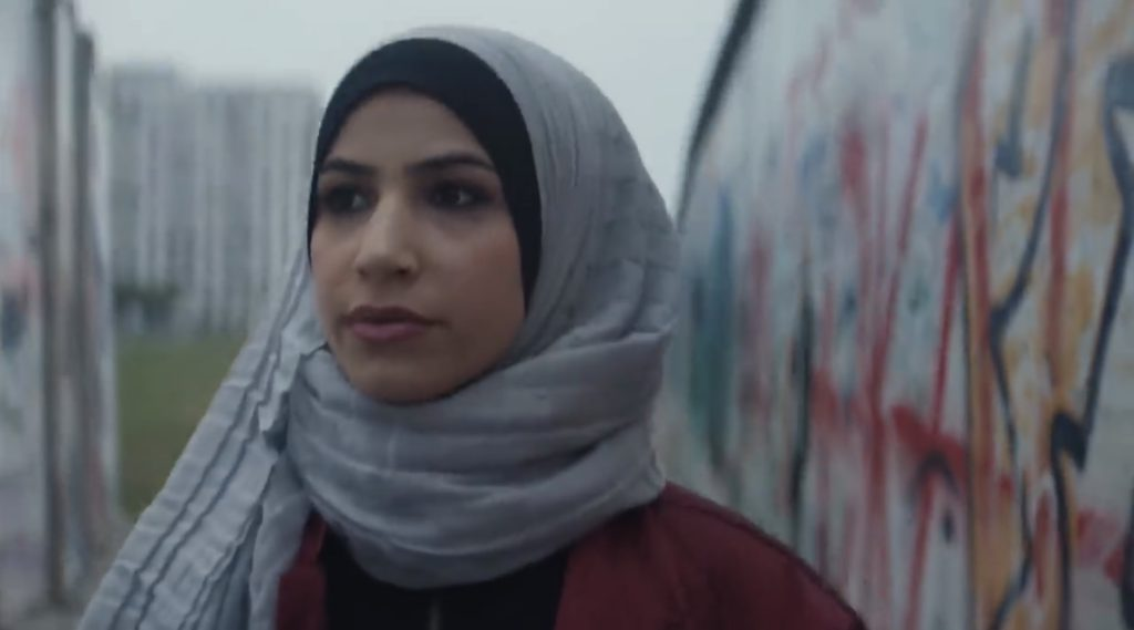 Nike met en avant les migrants et les femmes voilées dans sa nouvelle pub pour public germanophone