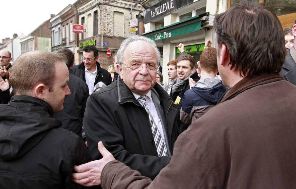 Hénin-Beaumont (62): l'ancien maire divers gauche condamné à cinq mois de prison avec sursis
