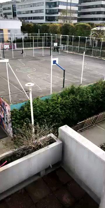Saint-Ouen (93) : Un policer se fait balayer par les complices d'un interpellé