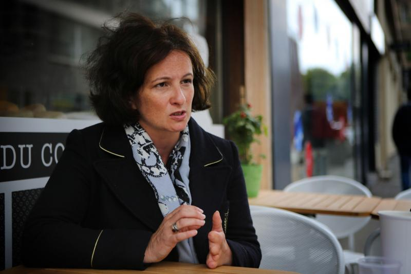 Immigration : reprochant à la majorité de conforter les « discours d'extrême droite », une députée LREM quitte son groupe