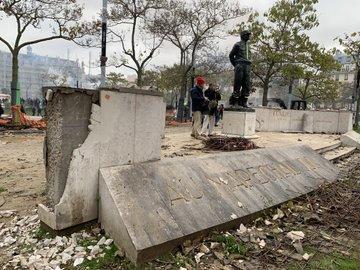 Gilets Jaunes : le monument du maréchal Juin vandalisé