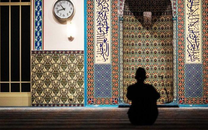 Pays-Bas : un imam marocain, favorable aux mutilations génitales, poursuivi par la justice