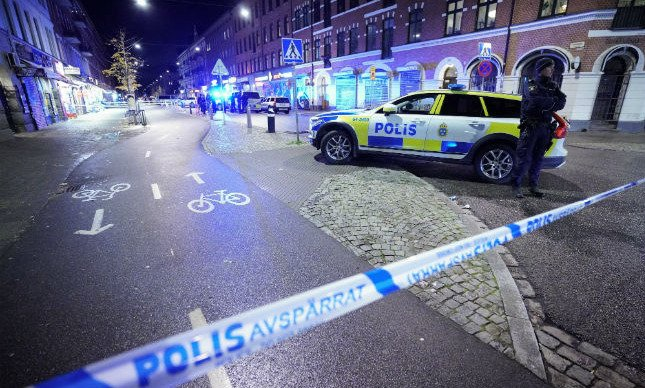 Le Danemark rétablit les contrôles aux frontières avec la Suède à partir d'aujourd'hui pour se protéger des gangs criminels suédois