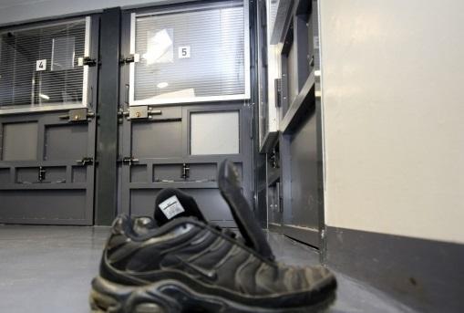 Metz (57): un migrant guinéen hébergé dans un foyer interpellé alors qu'il tentait de violer une femme sans abri âgée de 68 ans