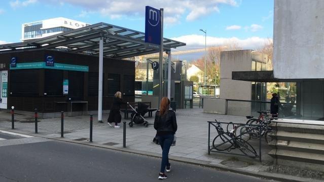 Rennes (35) : une bande d'adolescentes agresse un couple sans raison, l'une d'elles tente de poignarder les victimes