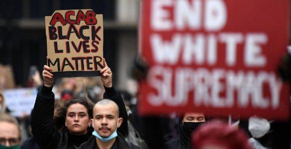 Les maillots de tous les joueurs arboreront le slogan antiraciste « Black Lives Matter ».