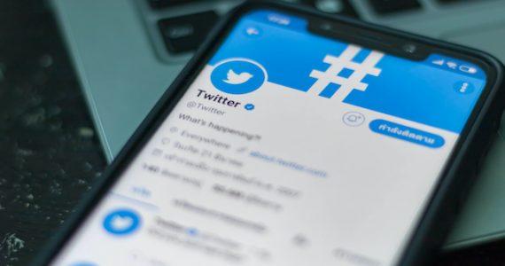 Twitter lance Birdwatch pour que ses utilisateurs luttent eux-mêmes contre la désinformation