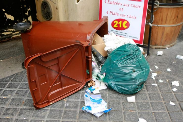 """""""SaccageParis"""" : faire du sale pour avoir du propre"""